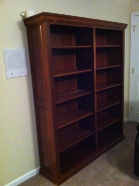 112011customlargebookcase.jpg
